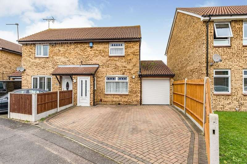 3 Bedrooms Semi Detached House for sale in Whimbrel Close, Sittingbourne, ME10