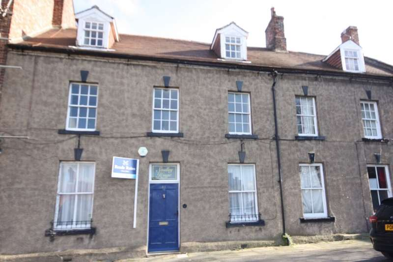4 Bedrooms Terraced House for sale in Church Street, Guisborough, TS14