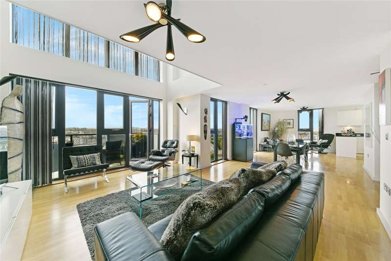 3 Bedrooms Penthouse Flat for sale in Jubilee Heights, Parkside Avenue, London, SE10
