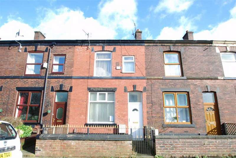 3 Bedrooms Terraced House for sale in Dawson Street, Chesham, Bury
