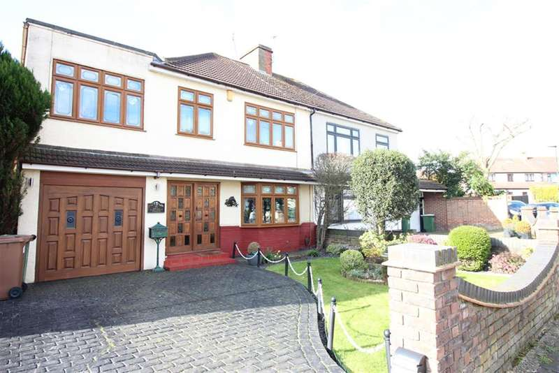 4 Bedrooms Semi Detached House for sale in Selwyn Crescent, Welling, Kent, DA16 2AN