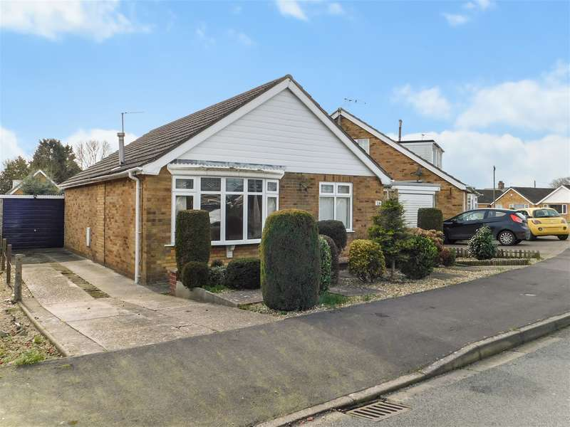 2 Bedrooms Detached Bungalow for sale in Yarborough Road, Skegness, Lincs, PE25 2NX