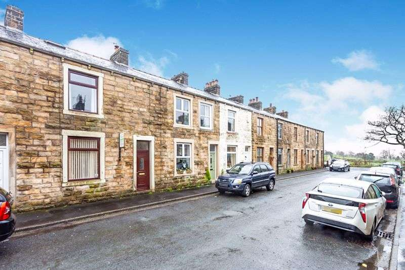 3 Bedrooms Property for sale in Thorn Street, Clitheroe, BB7