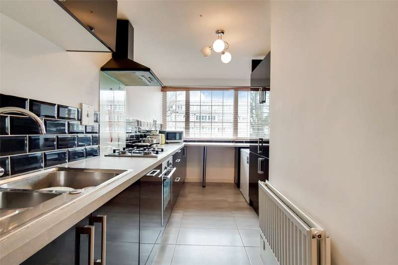2 Bedrooms Maisonette Flat for sale in Musbury Street, London, E1