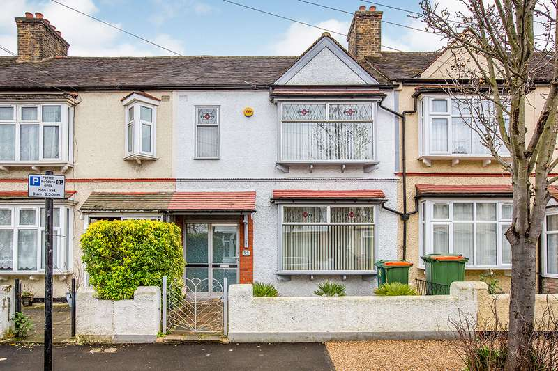 3 Bedrooms House for sale in Cotswold Gardens, London, E6