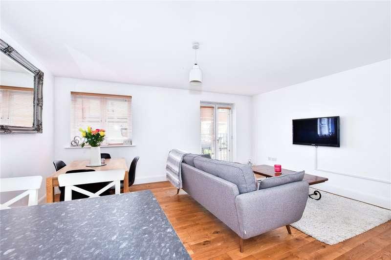 1 Bedroom Flat for sale in Blake Court, Dodd Road, Watford, Hertfordshire, WD24