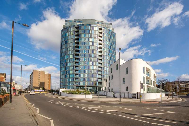 2 Bedrooms Flat for sale in Newgate, Croydon, CR0