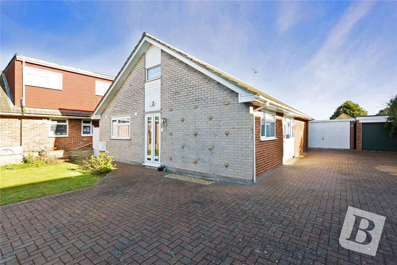 2 Bedrooms Detached Bungalow for sale in Gazelle Glade, Gravesend, Kent, DA12