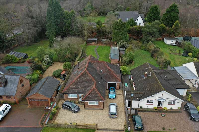 4 Bedrooms Detached House for sale in Graemar Lane, Sherfield English, Romsey, Hampshire, SO51