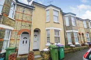 3 Bedrooms Terraced House for sale in Walton Road, Folkestone, Kent