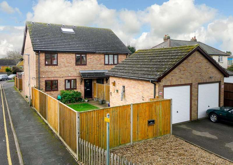 4 Bedrooms Semi Detached House for sale in 4 DOUBLE BEDROOM HOME WITH GARAGE & PARKING