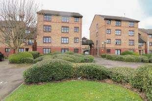 1 Bedroom Flat for sale in Kenwyn Road, Dartford, Kent