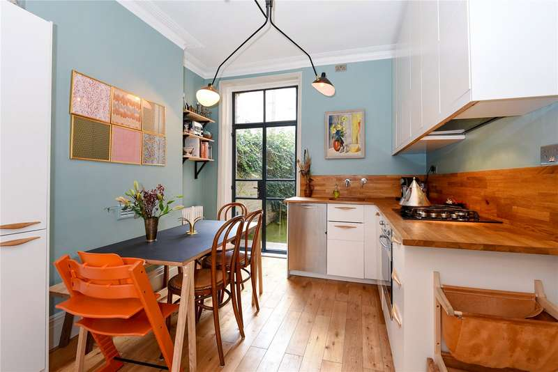 1 Bedroom Flat for sale in Framfield Road, Highbury, London, N5