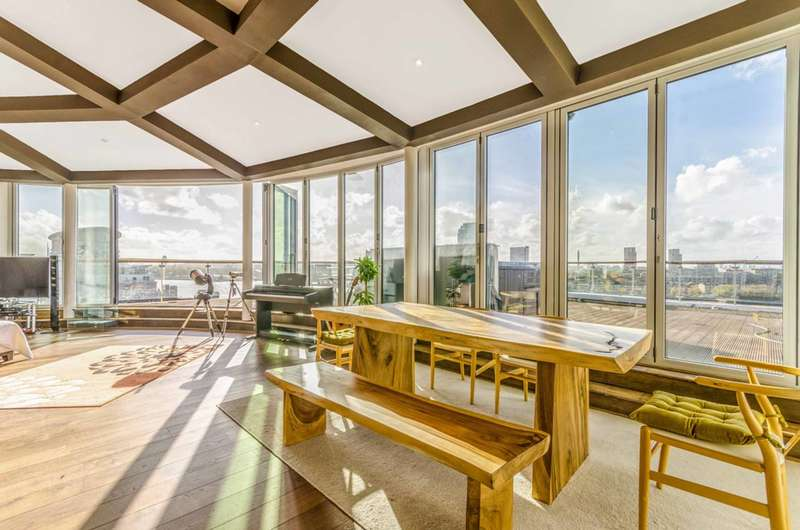 3 Bedrooms Penthouse Flat for rent in Riverview Court, Isle Of Dogs, E14
