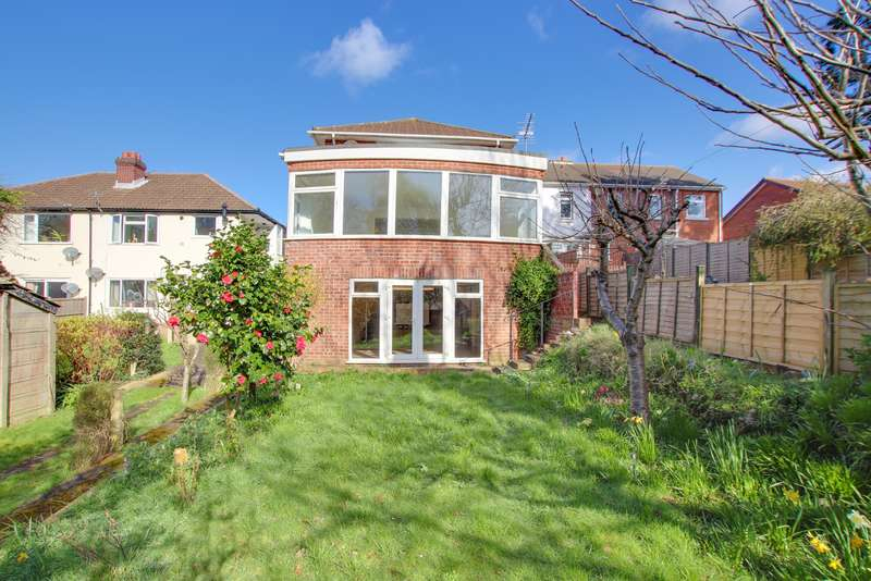 2 Bedrooms Ground Maisonette Flat for sale in Swift Road, Woolston
