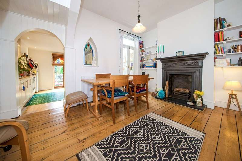 3 Bedrooms House for sale in Halley Road, London, E7