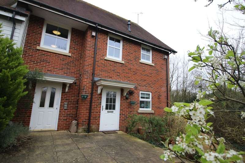 2 Bedrooms Flat for sale in Park View, Whitchurch, RG28