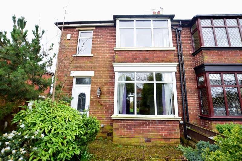 3 Bedrooms Semi Detached House for sale in Dowbridge, Kirkham, PR4 2YL