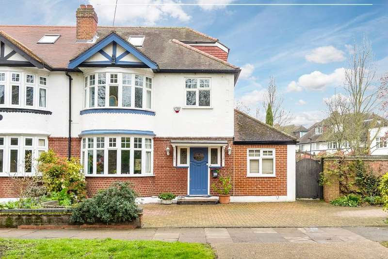 4 Bedrooms House for sale in Park Road, Chiswick, London W4