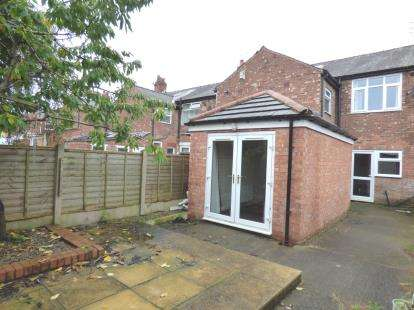 4 Bedrooms Terraced House for sale in Lulworth Avenue, Ashton-on-Ribble, Preston, Lancashire, PR2