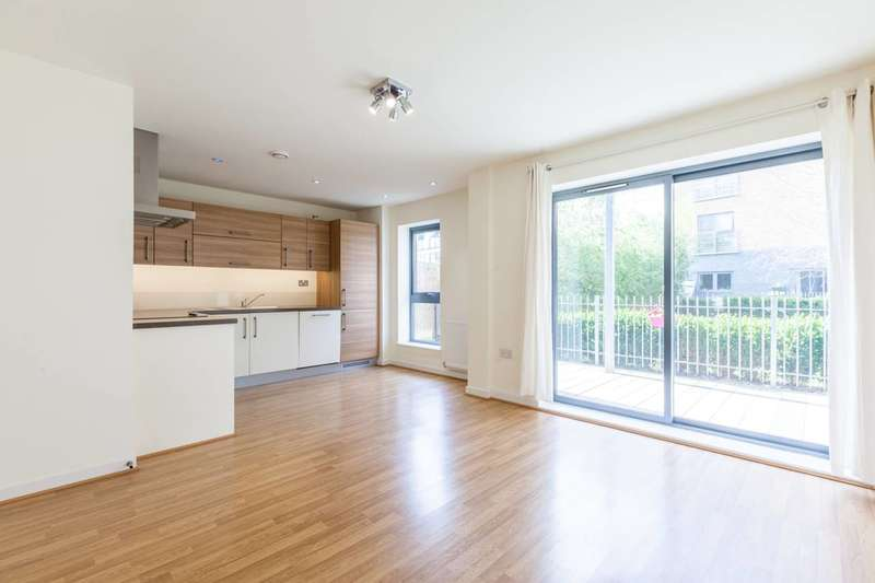 1 Bedroom Flat for sale in Treby Street, Mile End, E3