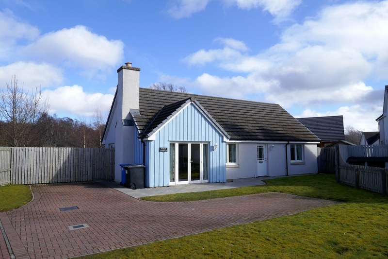 3 Bedrooms Detached House for sale in Johnstone Road, Aviemore, PH22 1TY