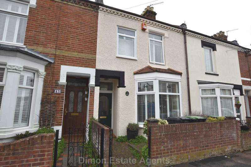 4 Bedrooms Terraced House for sale in Shaftesbury Road, Gosport