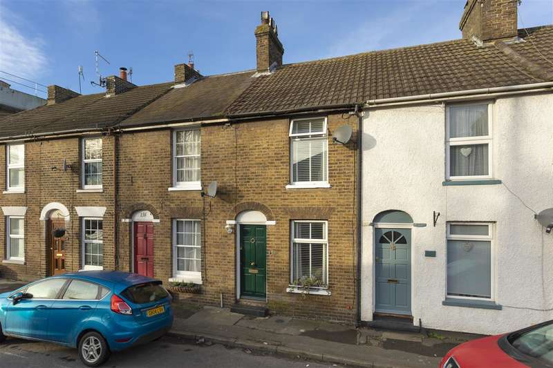 3 Bedrooms Terraced House for sale in St Marys Road, Faversham