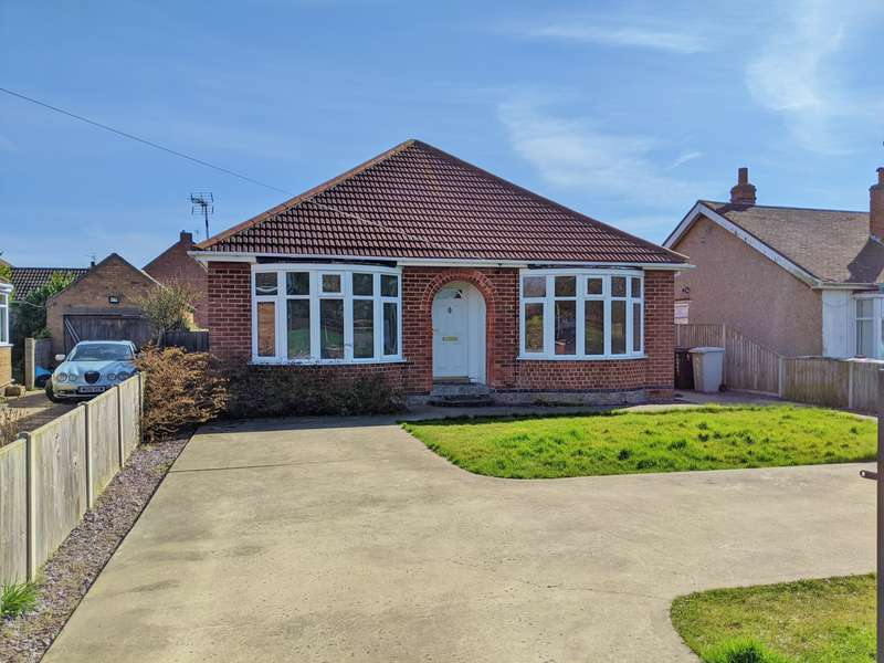 3 Bedrooms Bungalow for sale in Roman Bank, Winthorpe, PE25