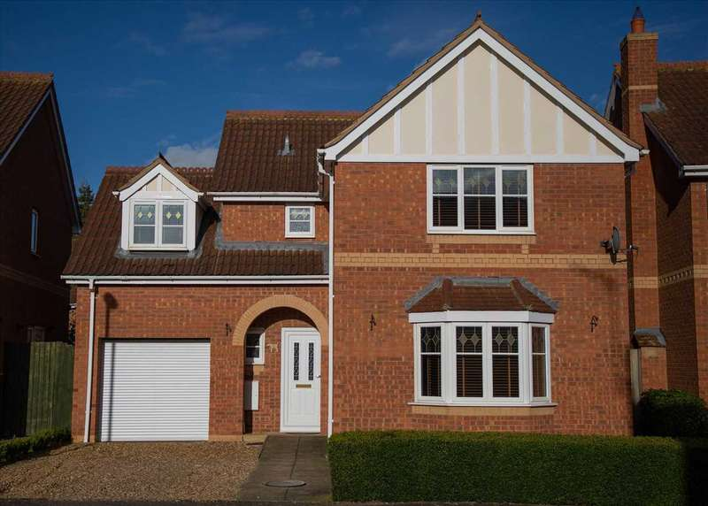 4 Bedrooms Detached House for sale in Stone Way, Sleaford, Sleaford
