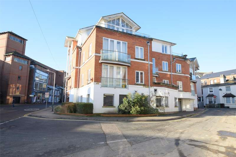 2 Bedrooms Flat for sale in The Chartwell, Goods Station Road, TUNBRIDGE WELLS, Kent, TN1
