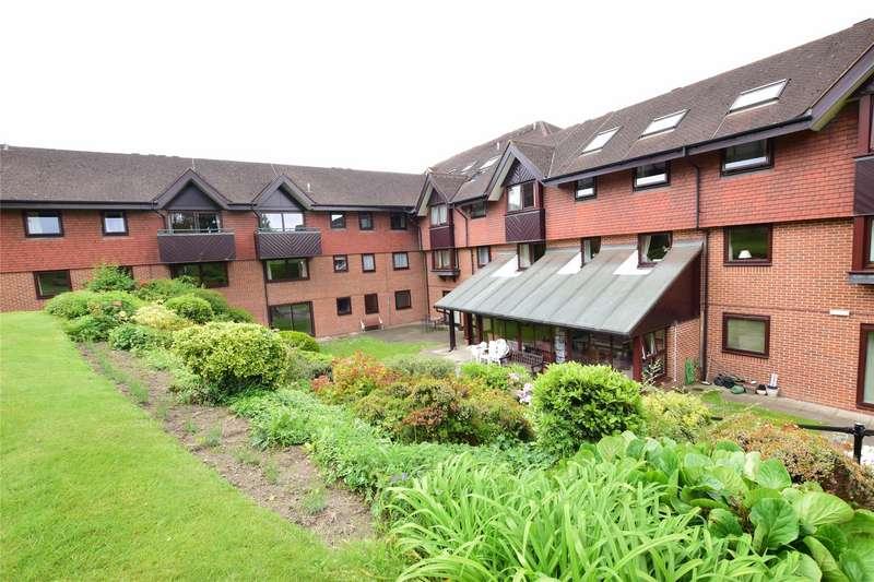 2 Bedrooms Flat for sale in St. Philips Court, Sandhurst Road, TUNBRIDGE WELLS, Kent, TN2