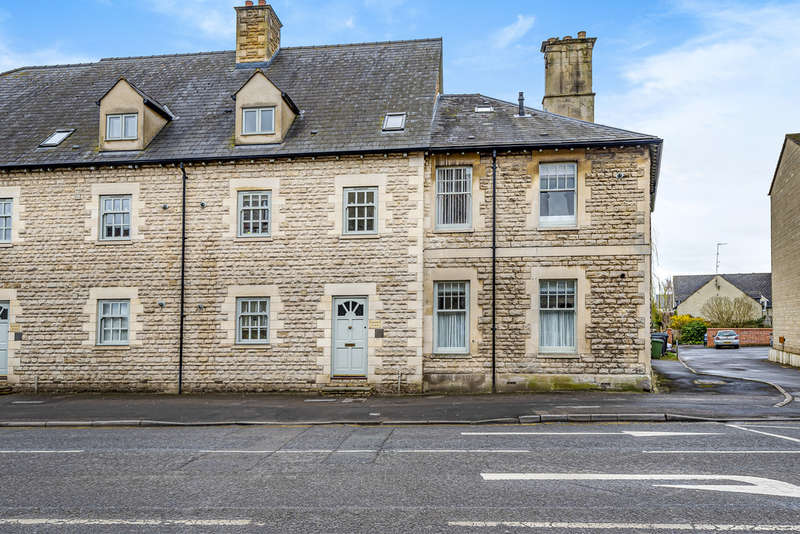 2 Bedrooms Flat for sale in London Road, Cirencester