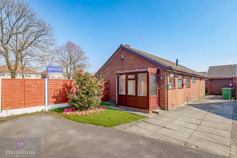 3 Bedrooms Detached Bungalow for sale in Swallowfield, Leigh, Greater Manchester. WN7 1HT
