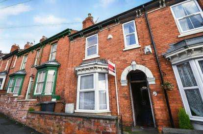3 Bedrooms Terraced House for sale in Cheviot Street, Lincoln, Lincolnshire, .