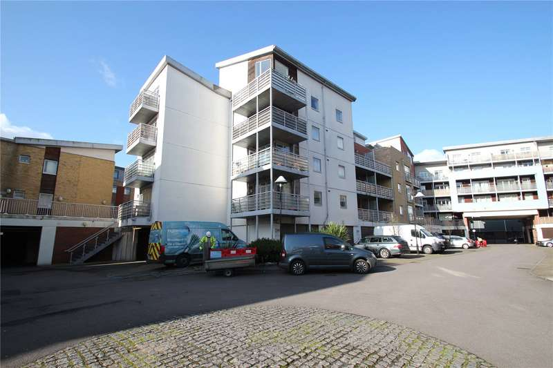 2 Bedrooms Apartment Flat for sale in Kingfisher Meadow, Maidstone