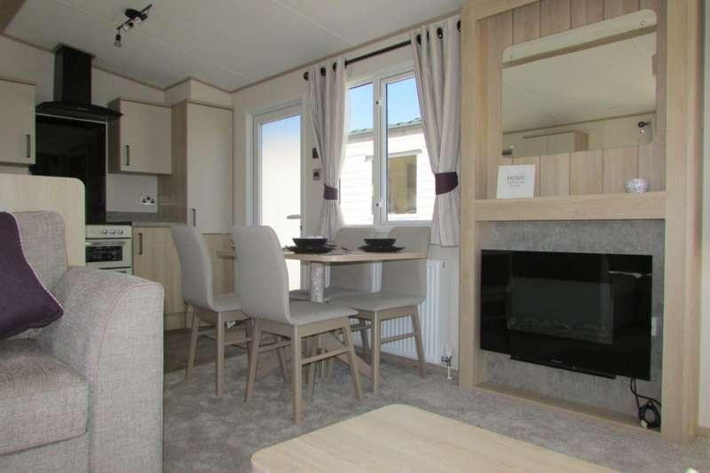 3 Bedrooms Caravan Mobile Home for sale in Pendyffryn Hall Holiday Park, Conwy