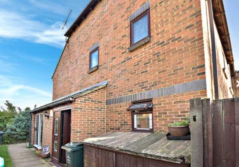 2 Bedrooms Maisonette Flat for sale in Bevans Close, Greenhithe, Kent, DA9 9LN