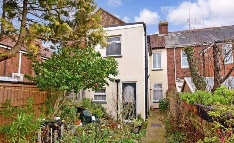 1 Bedroom Property for sale in Webb Lane, Hayling Island, PO11