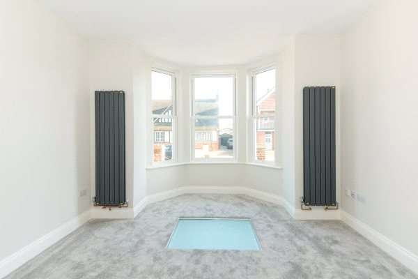 3 Bedrooms Apartment Flat for sale in Lindley House, Leopold Road, Felixstowe