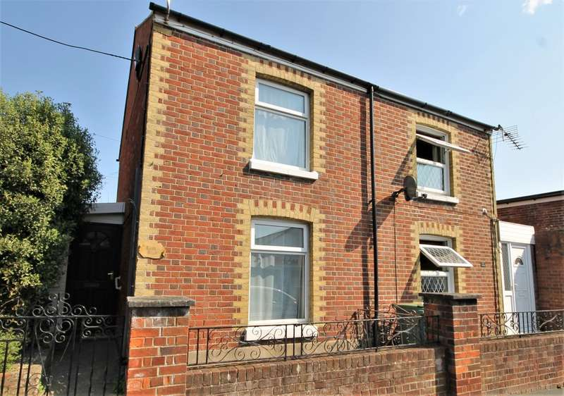 2 Bedrooms Semi Detached House for sale in Freshwater, Isle of Wight