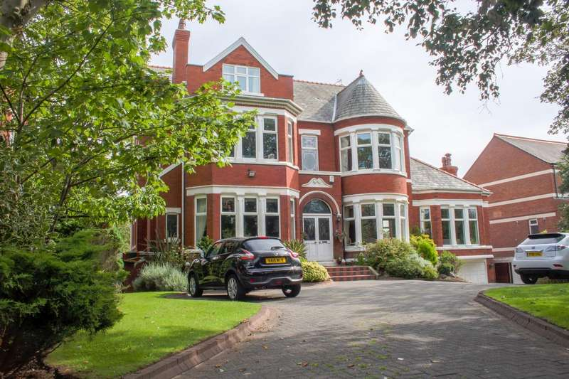 5 Bedrooms Detached House for sale in Westbourne Road, Birkdale, Southport, PR8 2HZ