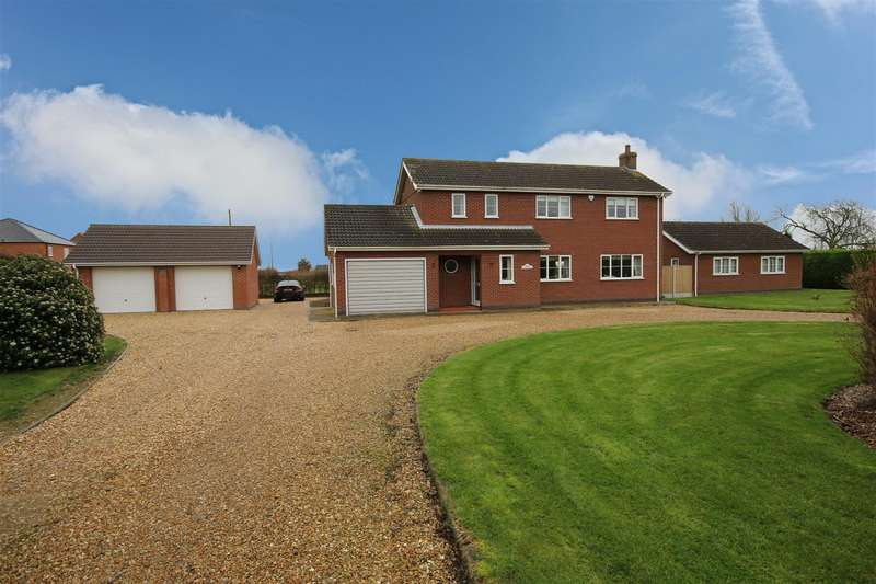 4 Bedrooms Detached House for sale in Main Road, Maltby Le Marsh