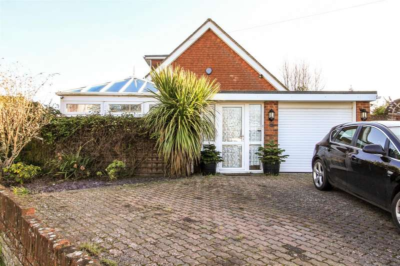 4 Bedrooms Detached Bungalow for sale in Chantry Avenue, Bexhill-On-Sea