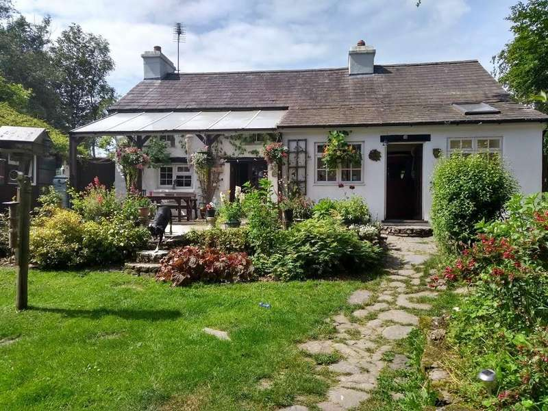 3 Bedrooms Property for sale in Cwmann, Lampeter