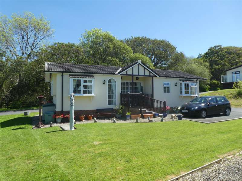 2 Bedrooms Bungalow for sale in New Quay