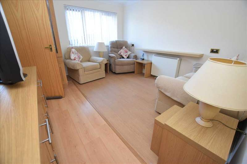 1 Bedroom Retirement Property for sale in Gladstone Court, Chelmsford