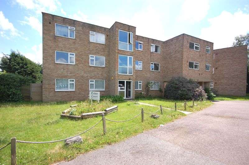 1 Bedroom Property for sale in Church Lane, Rickmansworth, WD3