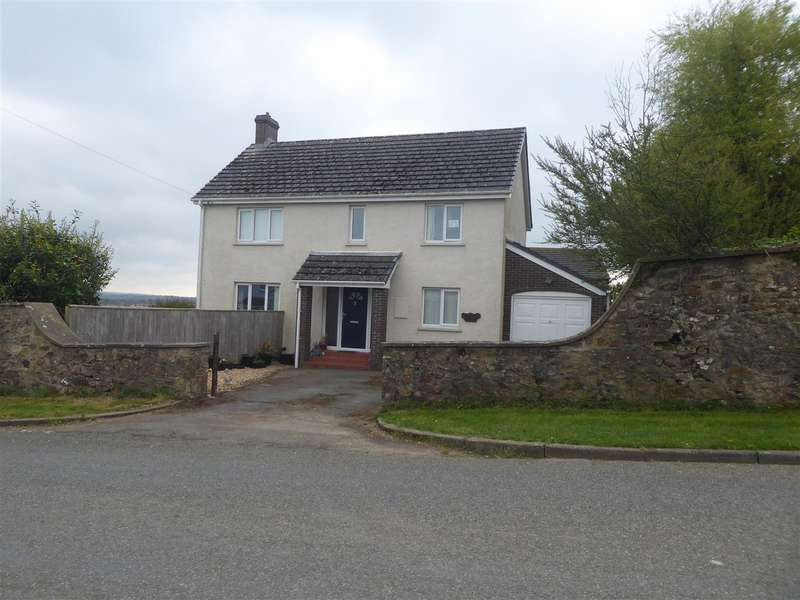 4 Bedrooms Detached House for sale in Claremont House, Scarrowscant Lane, Haverfordwest