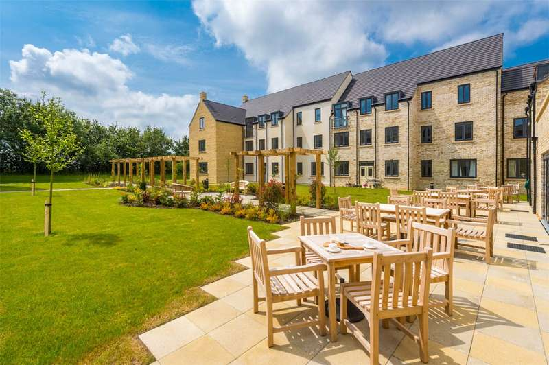 2 Bedrooms Retirement Property for sale in Trinity Road, Chipping Norton, Oxon, OX7